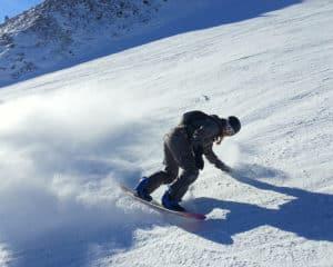 Snowboarder, location Le Grand-Bornand